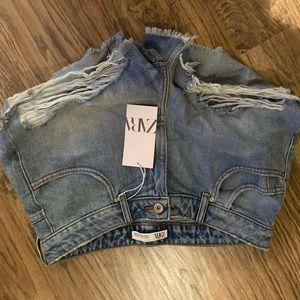 Zara denim shorts SZ 10